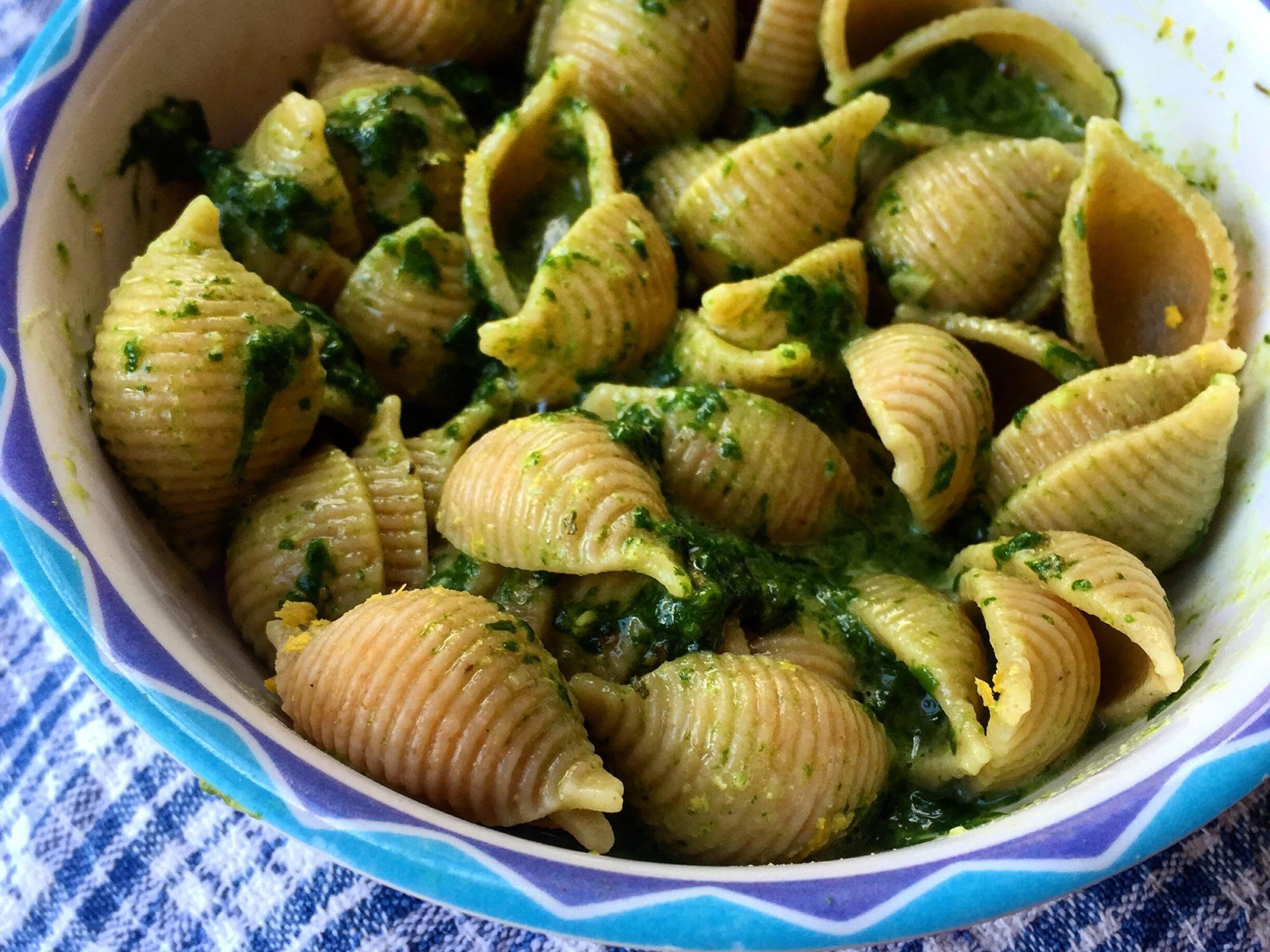 "Low Fat Vegan Spinach ""Pesto"" Pasta | instafreshfit"
